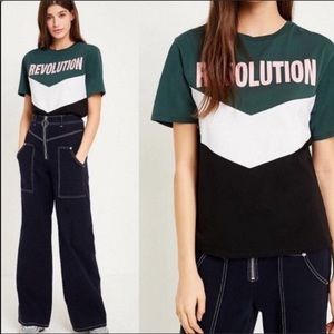 URBAN OUTFITTERS Revolution Short Sleeve Top Sz. M